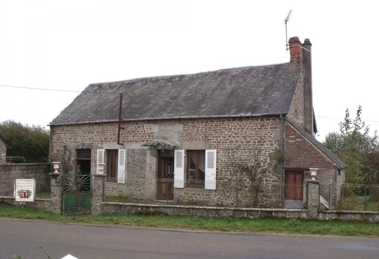 Maison de campagne à rénover avec jardin