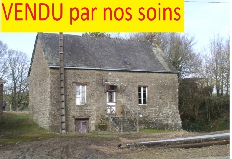 Maison de campagne à rénover entièrement, dépendances et terrain environ 1Ha (poss. plus)